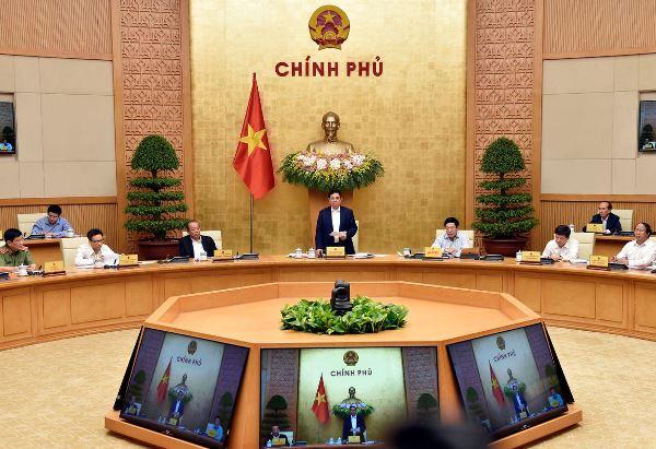 Chính phủ họp triển khai công việc sau khi kiện toàn (Ảnh: baochinhphu.vn)