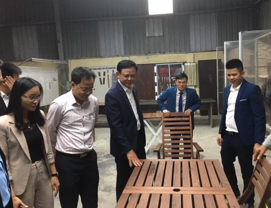 Chủ động tháo gỡ khó khăn, thúc đẩy tăng trưởng xuất khẩu gỗ và lâm sản trong tình hình mới