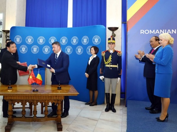 Vietnam and Romania strengthen cooperation in the fields of agriculture, veterinary medicine and food safety